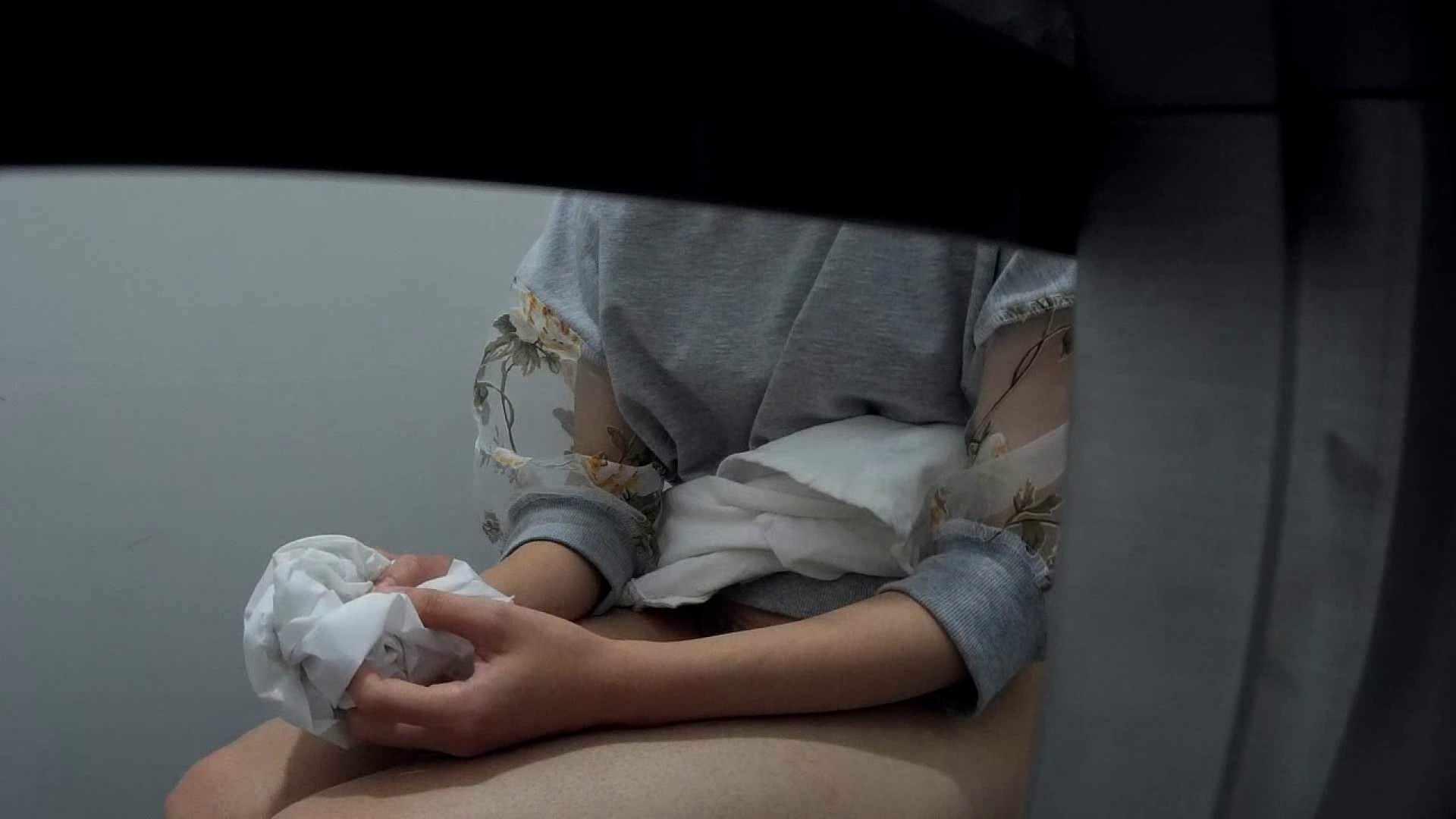 無修正ヌード|有名大学女性洗面所 vol.40 ??おまじない的な動きをする子がいます。|のぞき本舗 中村屋