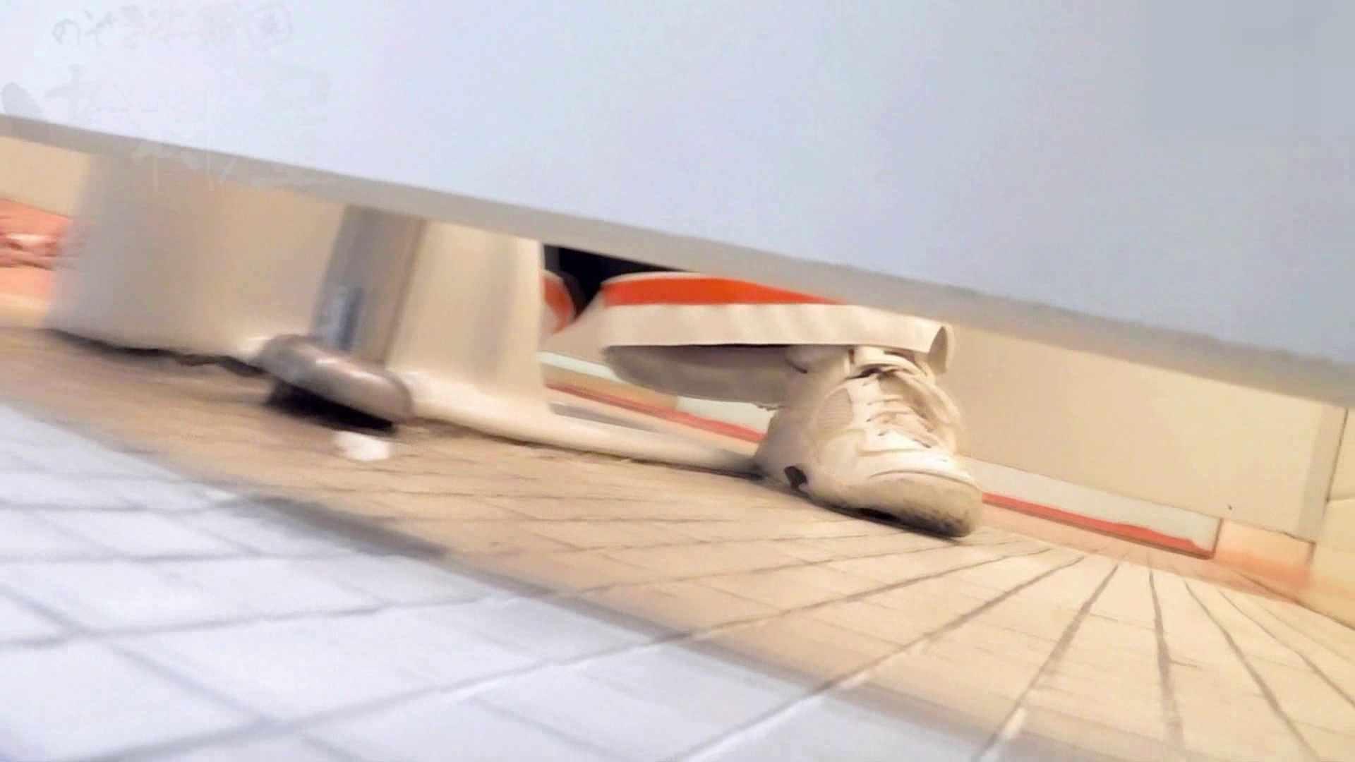 無修正ヌード|第三体育館潜入撮File013 奮闘,総勢12人連続撮り!!|のぞき本舗 中村屋