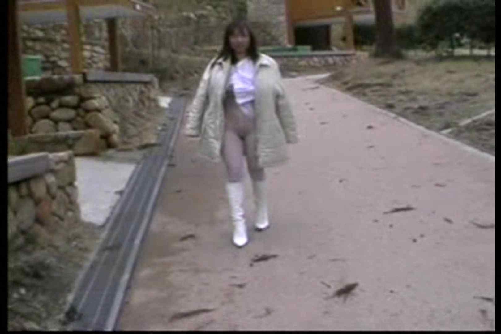 美熟女の野外露出プレイ2 野外 | 熟女の裸体  70画像 62