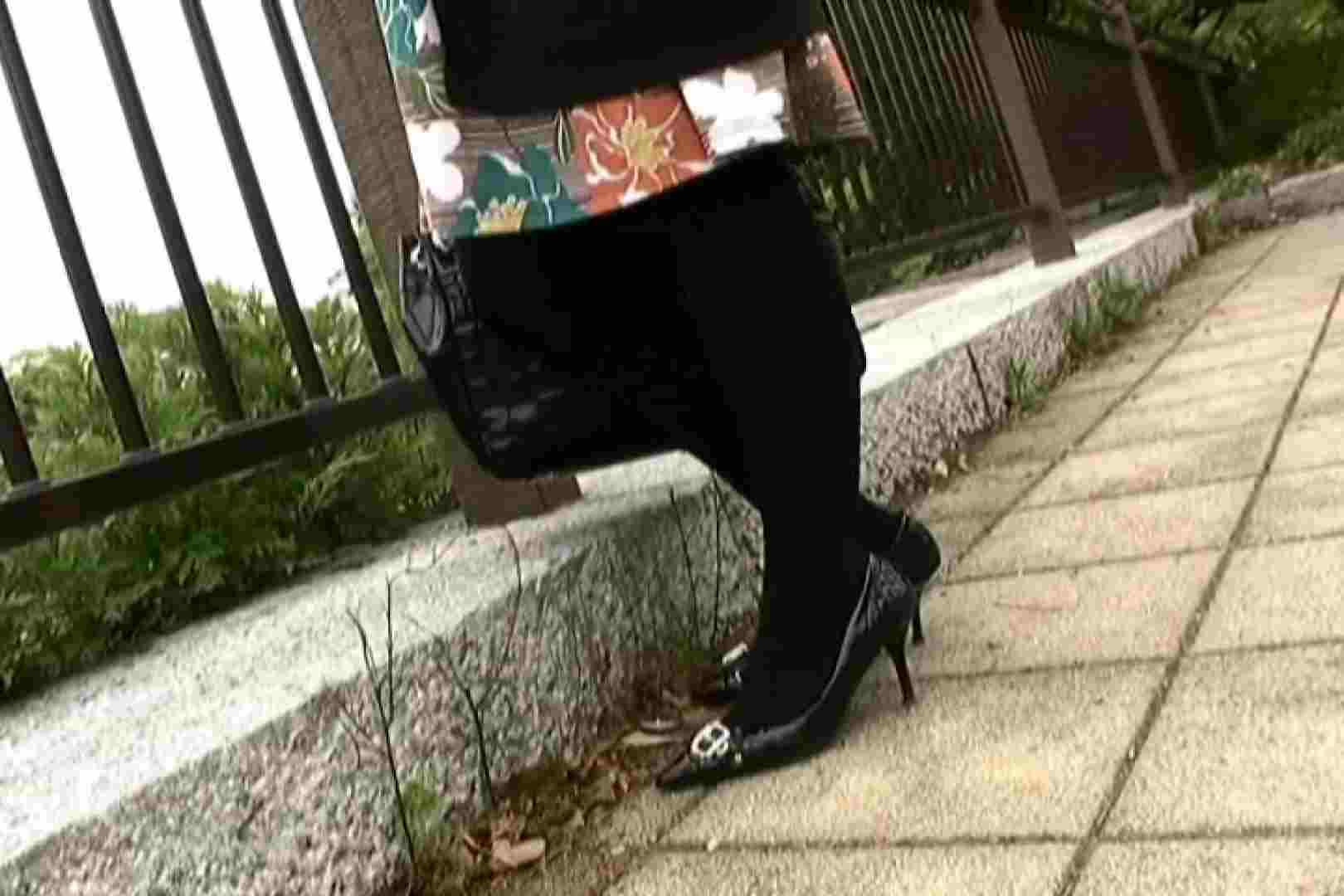 ハイビジョンパンチラ オッテQさんの追跡パンチラ階段編Vol.04 追跡 | OL裸体  106画像 63
