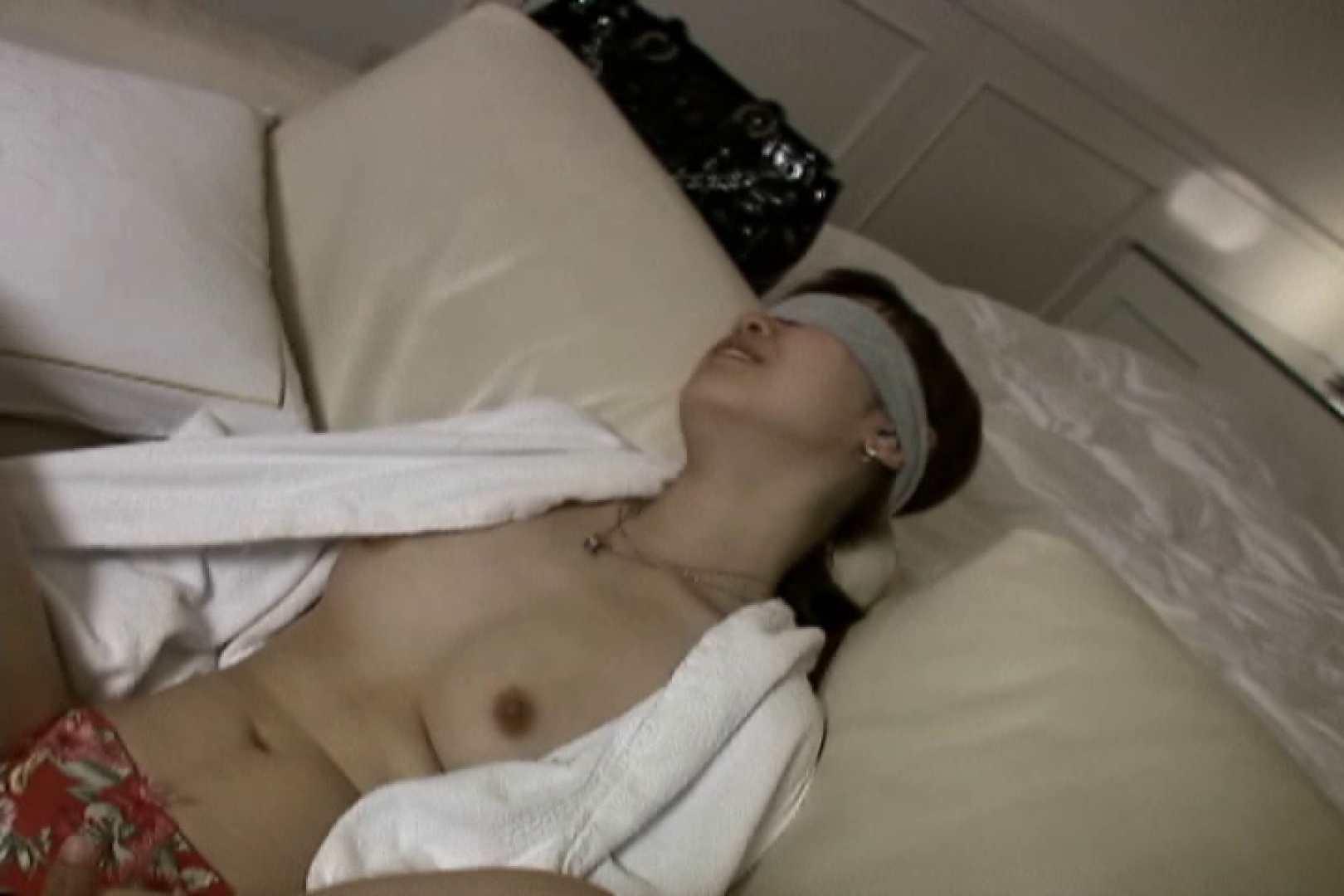 ハイビジョンパンチラ オッテQさんの追跡パンチラ階段編Vol.05 お姉さんの裸体 | チラ系  79画像 21