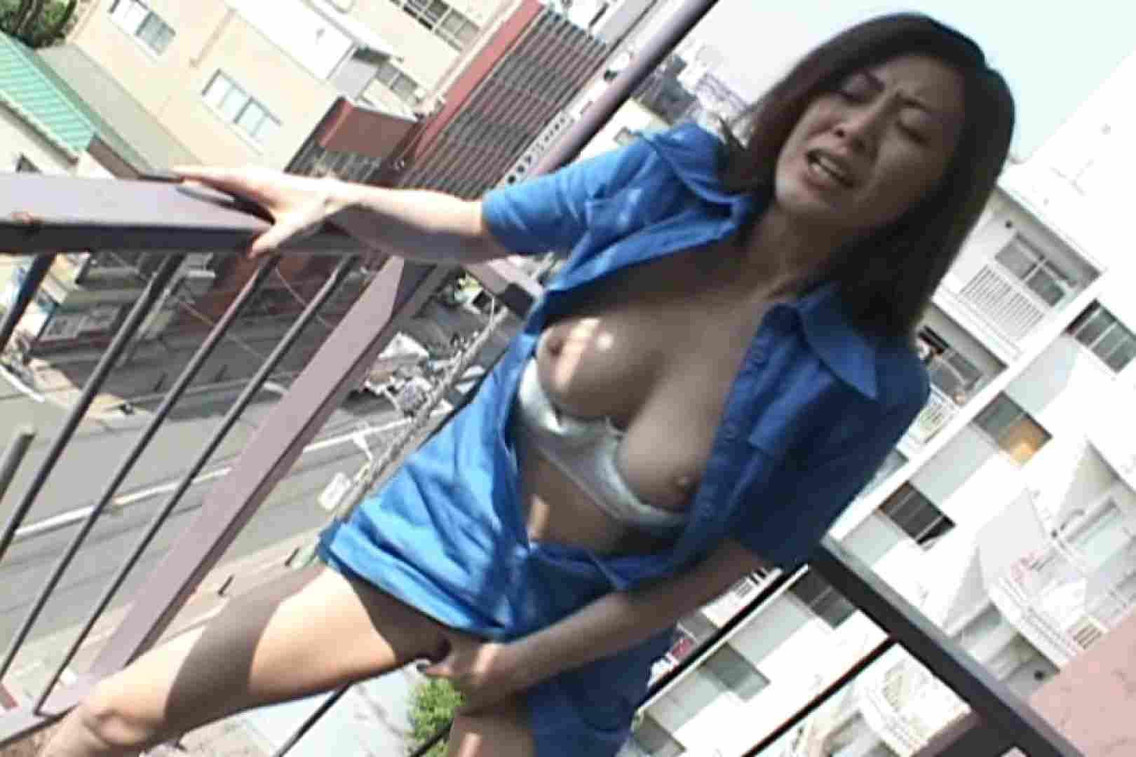昼間の奥様は欲求不満 ~桜田ゆかり~ 野外 | 熟女の裸体  85画像 56