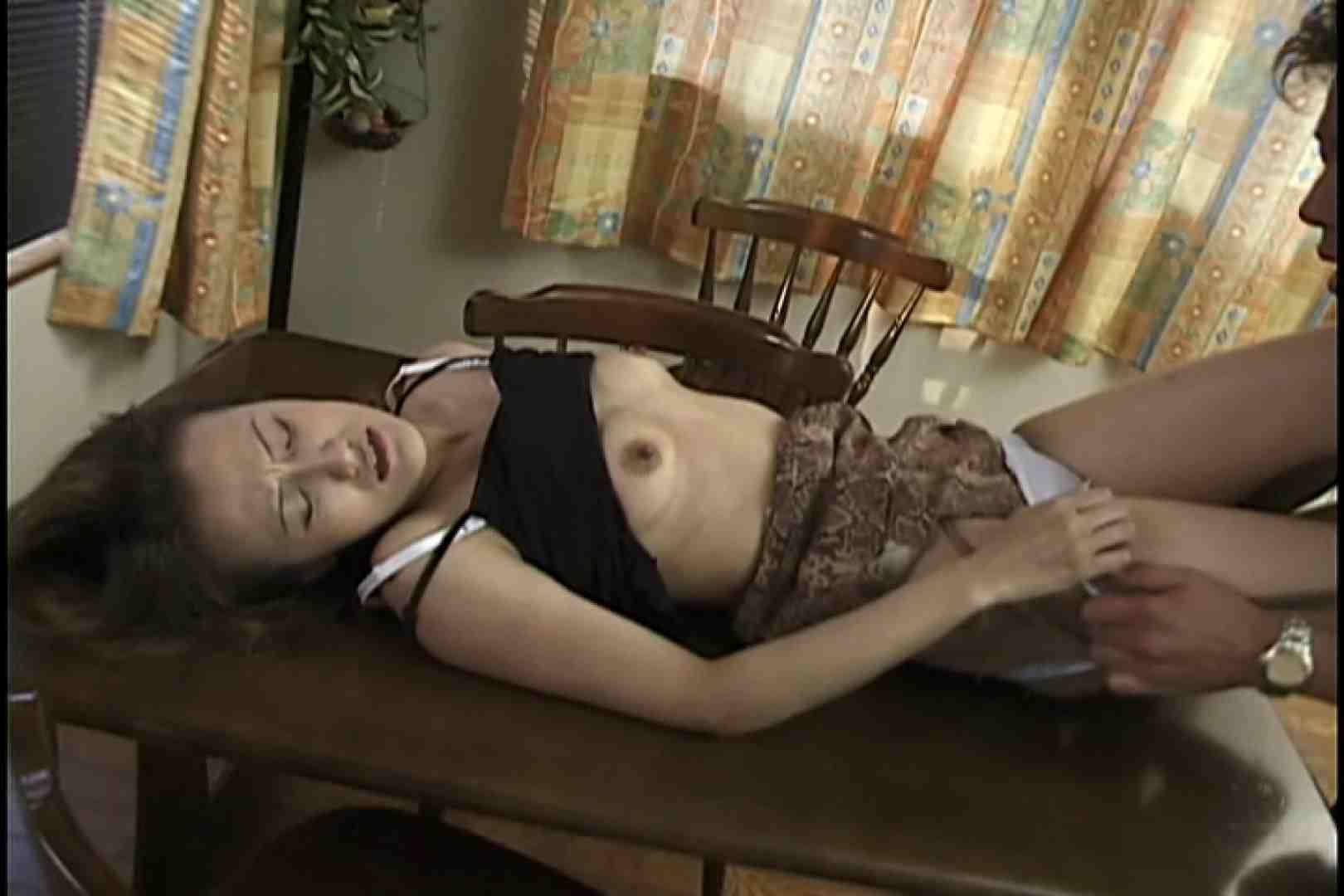 昼間の奥様は欲求不満 ~渡辺亜矢~ 熟女の裸体 | クンニ  73画像 1