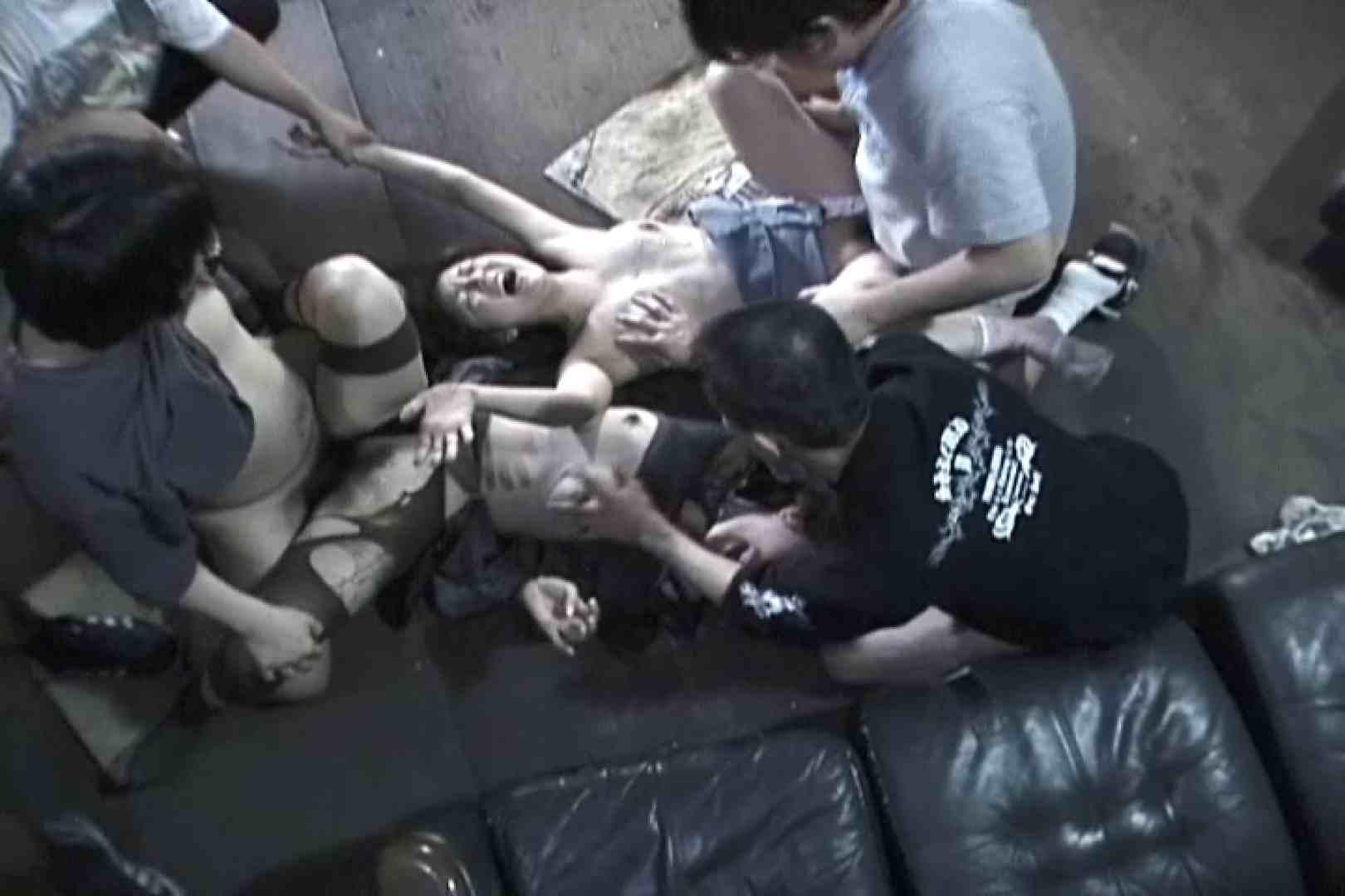 飢えた男達が買い物帰りの女性達に・・・!~vo,1 車 | 熟女の裸体  63画像 8