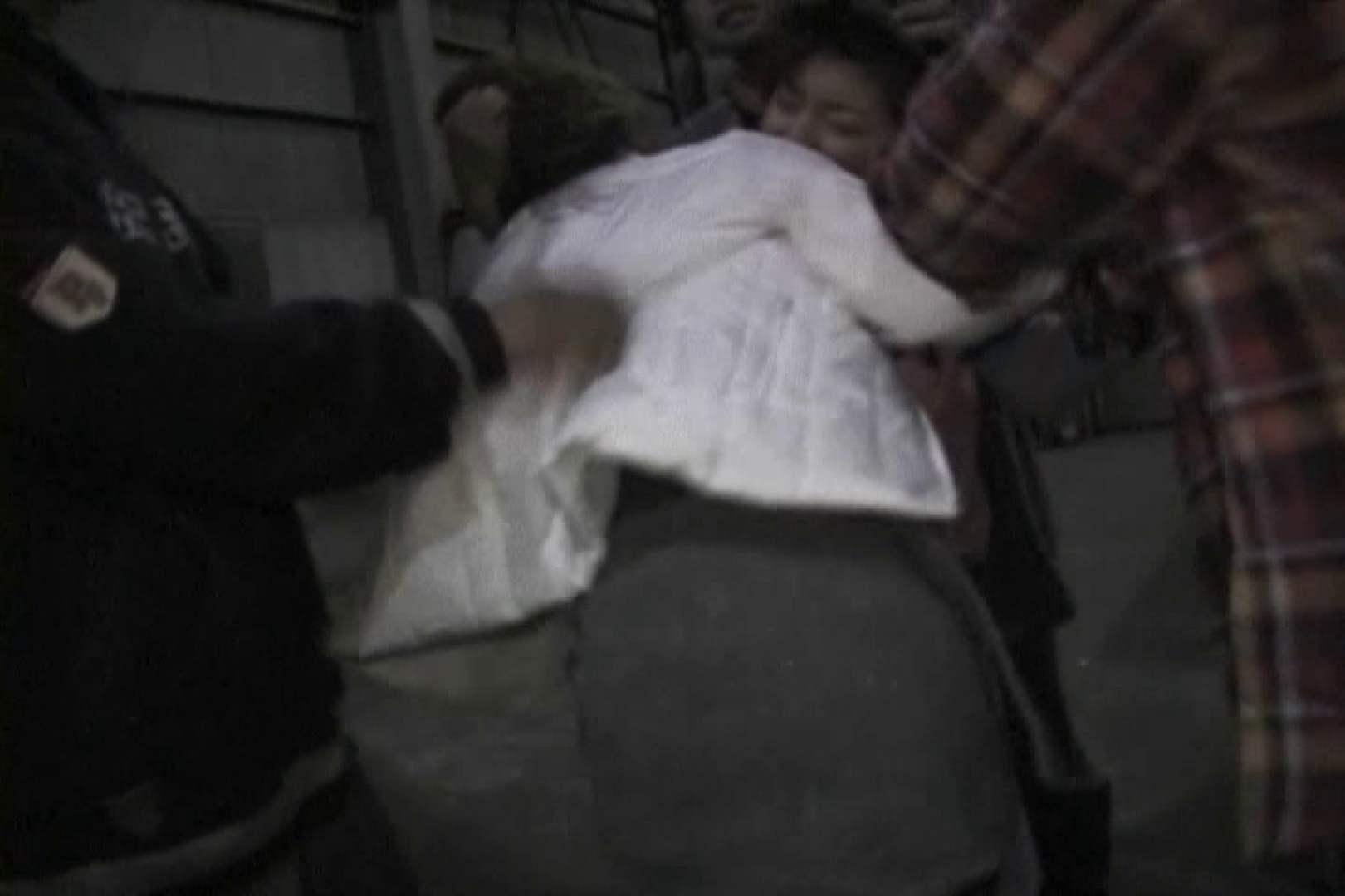 飢えた男達が買い物帰りの女性達に・・・!~vo,1 車 | 熟女の裸体  63画像 55