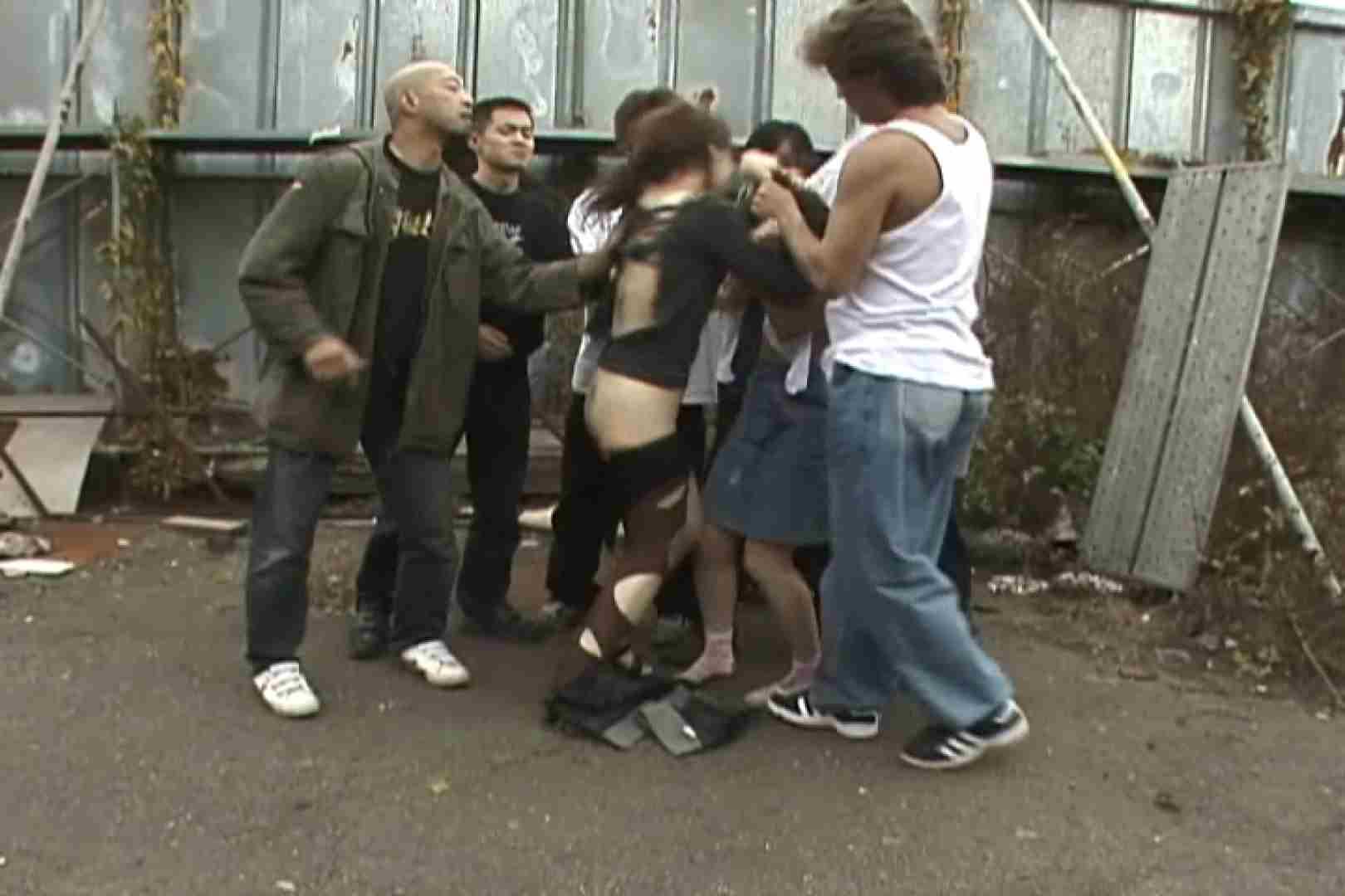 飢えた男達が買い物帰りの女性達に・・・!~vo,2 中出し | 熟女の裸体  85画像 17