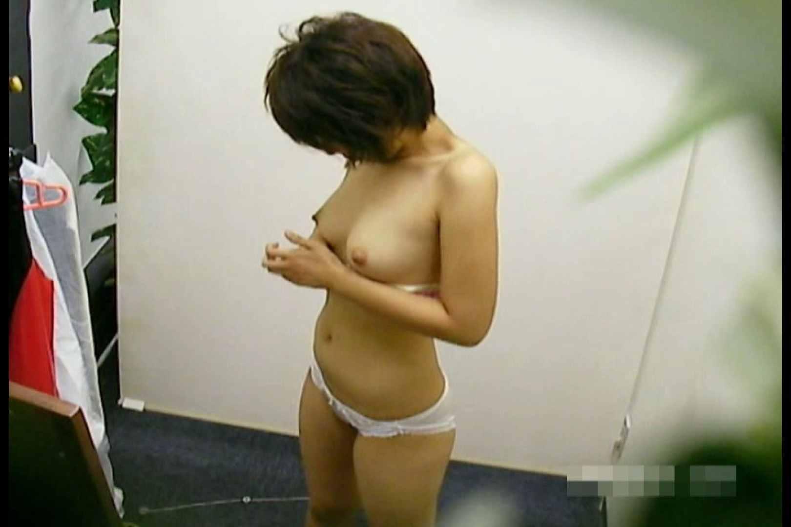 素人撮影 下着だけの撮影のはずが・・・エミちゃん18歳 盗撮   ギャル達のオマンコ  55画像 33