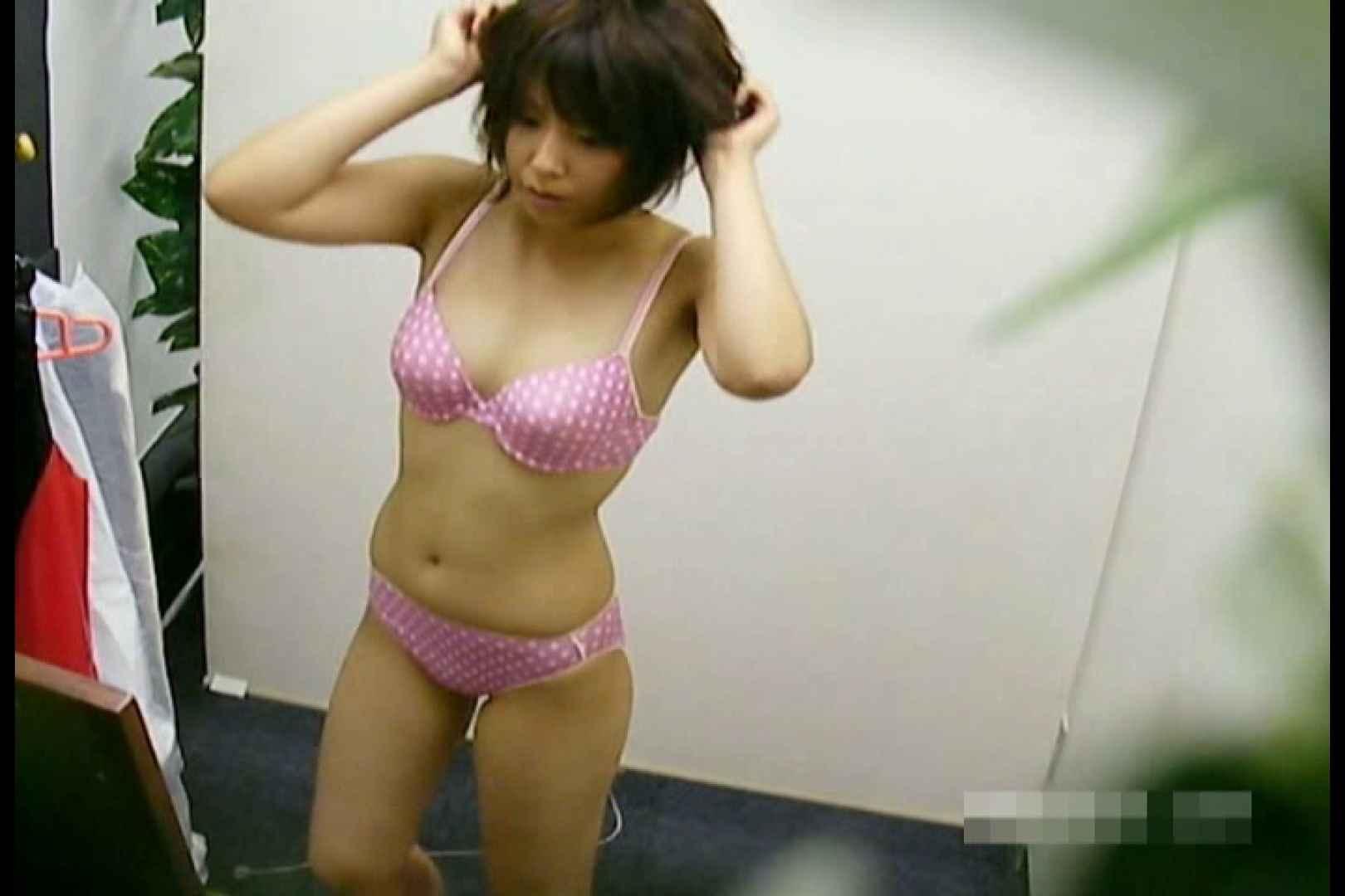 素人撮影 下着だけの撮影のはずが・・・エミちゃん18歳 盗撮   ギャル達のオマンコ  55画像 36