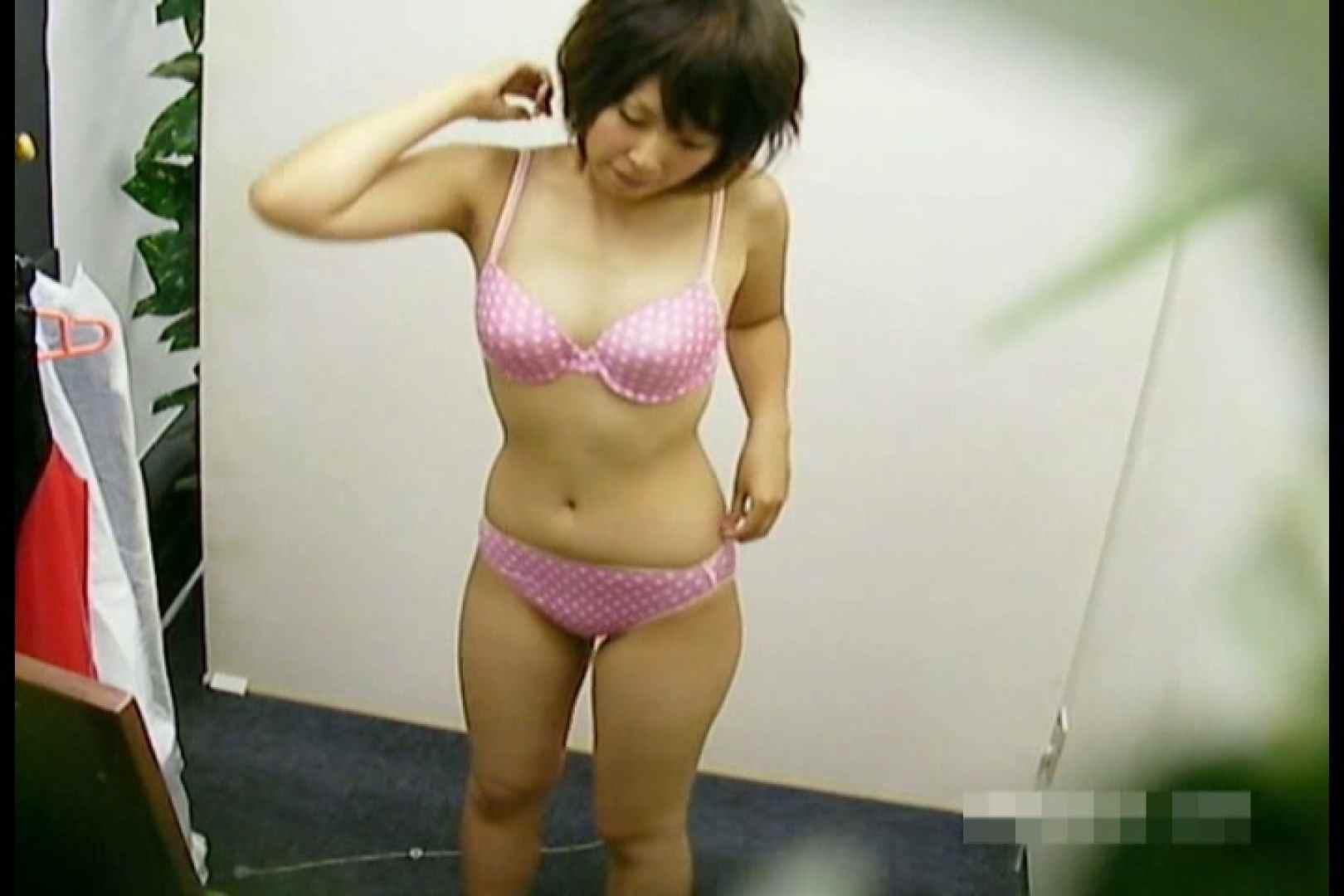 素人撮影 下着だけの撮影のはずが・・・エミちゃん18歳 盗撮   ギャル達のオマンコ  55画像 38
