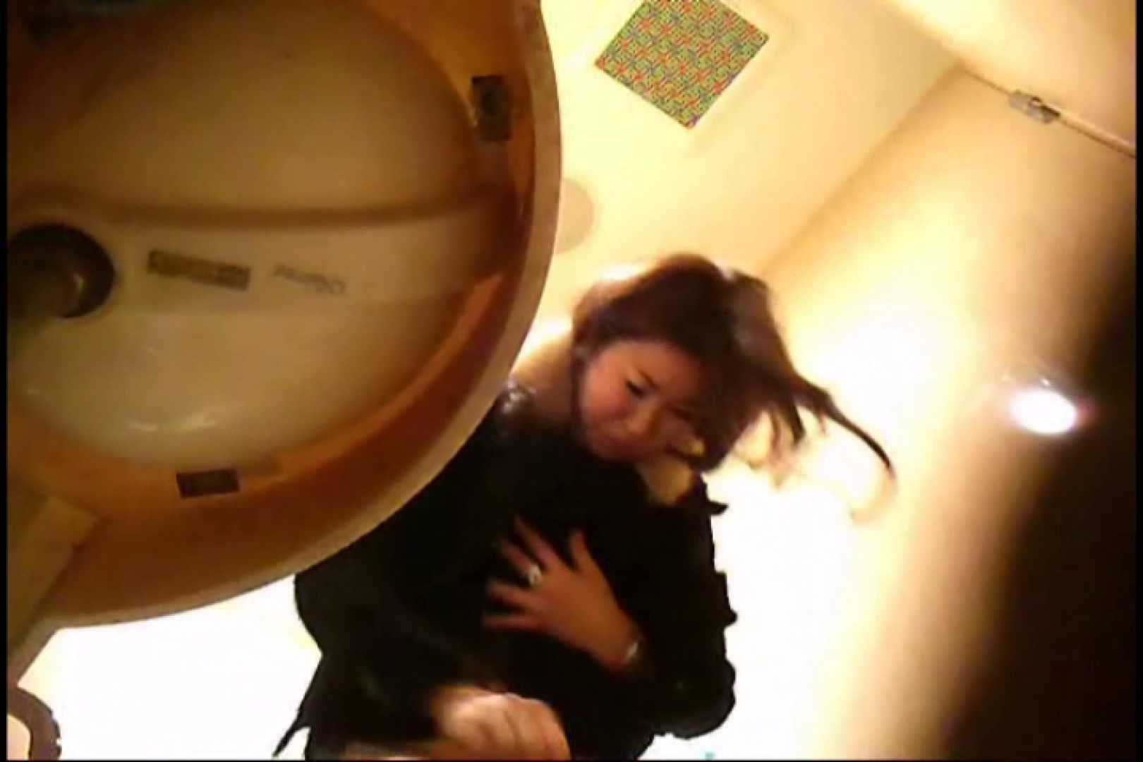 潜入!!女子化粧室盗撮~絶対見られたくない時間~vo,8 お姉さんの裸体 | 洗面所  111画像 19