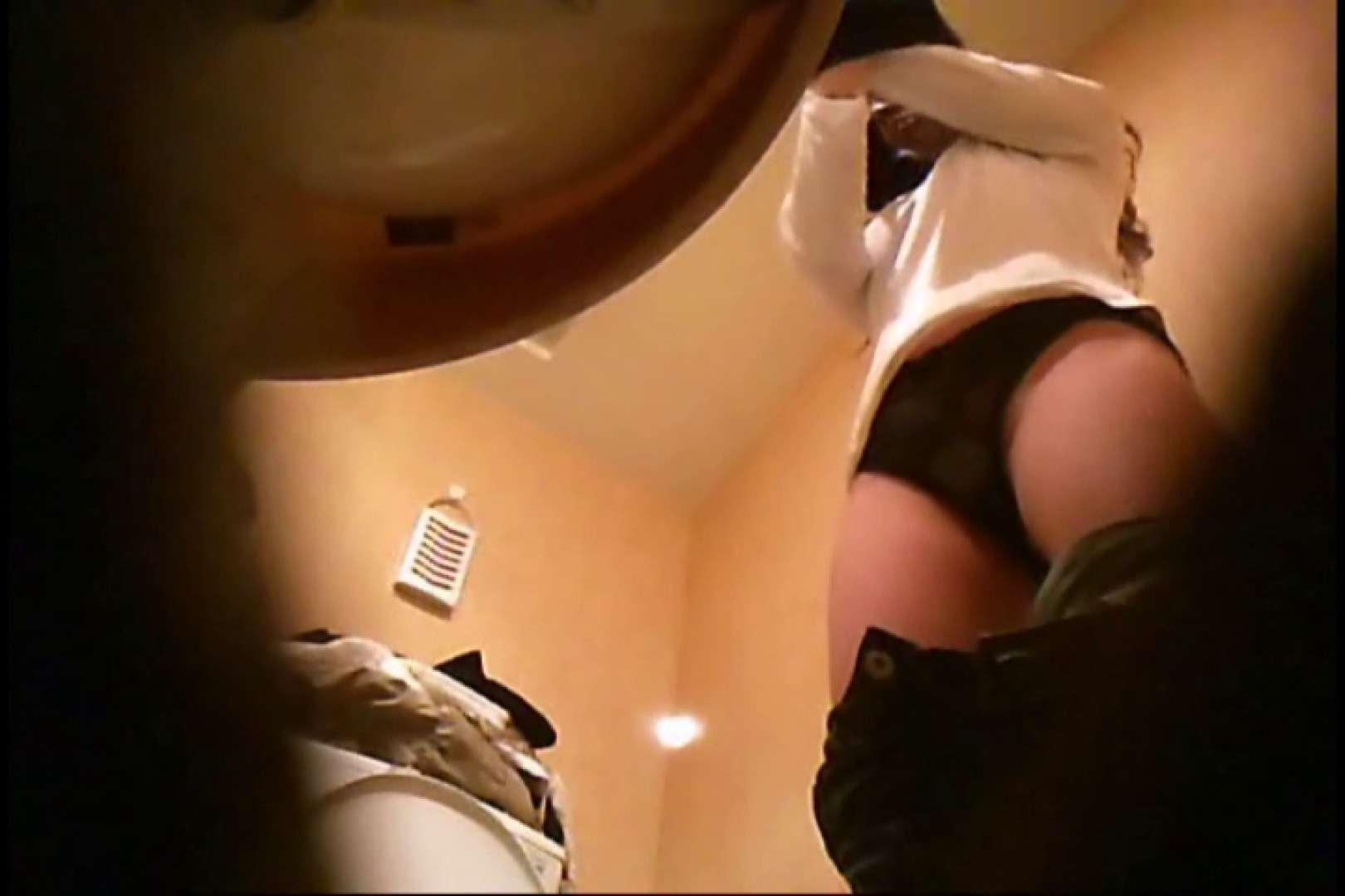 潜入!!女子化粧室盗撮~絶対見られたくない時間~vo,17 お姉さんの裸体 | 盗撮  112画像 22