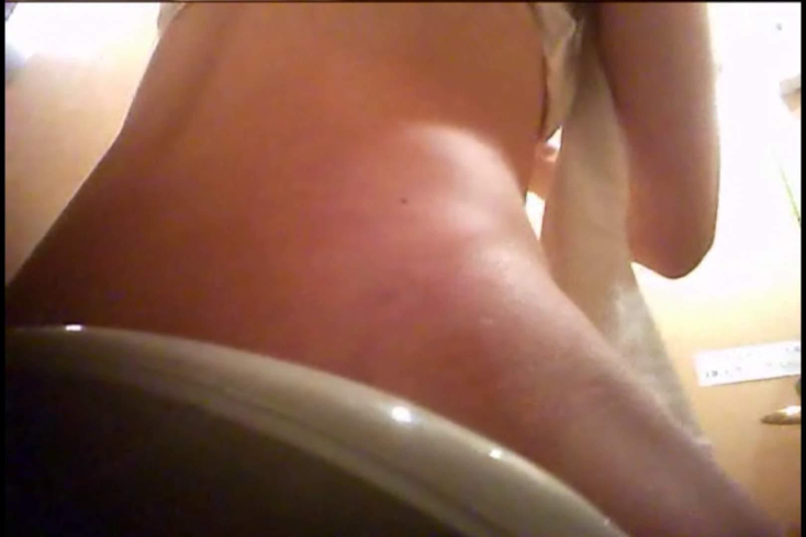 潜入!!女子化粧室盗撮~絶対見られたくない時間~vo,17 お姉さんの裸体 | 盗撮  112画像 54