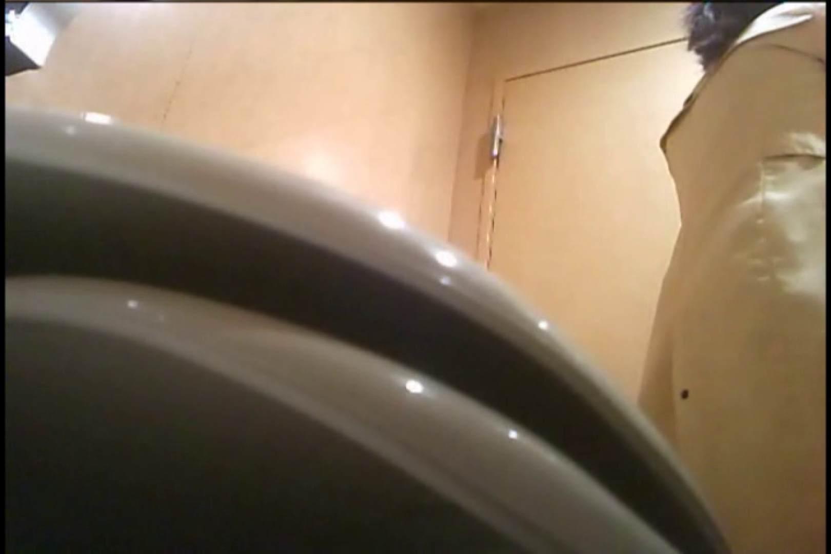 潜入!!女子化粧室盗撮~絶対見られたくない時間~vo,18 お姉さんの裸体 | 潜入  105画像 75
