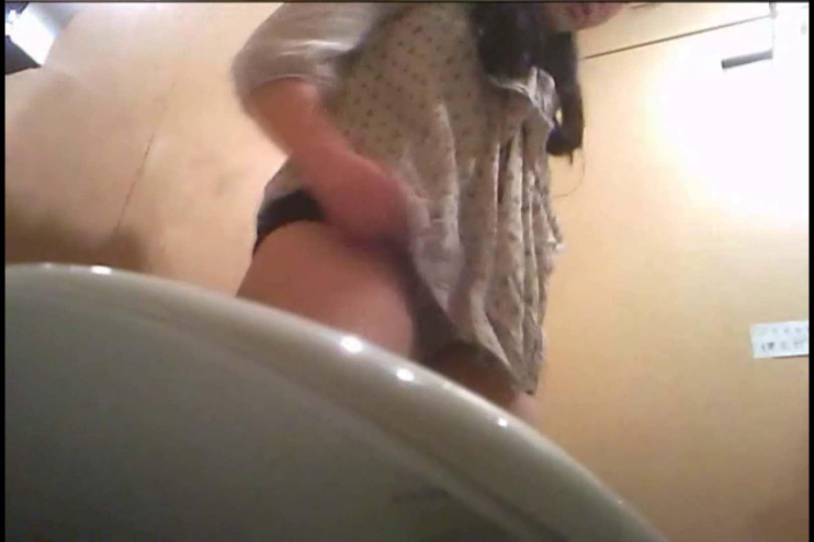 潜入!!女子化粧室盗撮~絶対見られたくない時間~vo,18 お姉さんの裸体 | 潜入  105画像 101