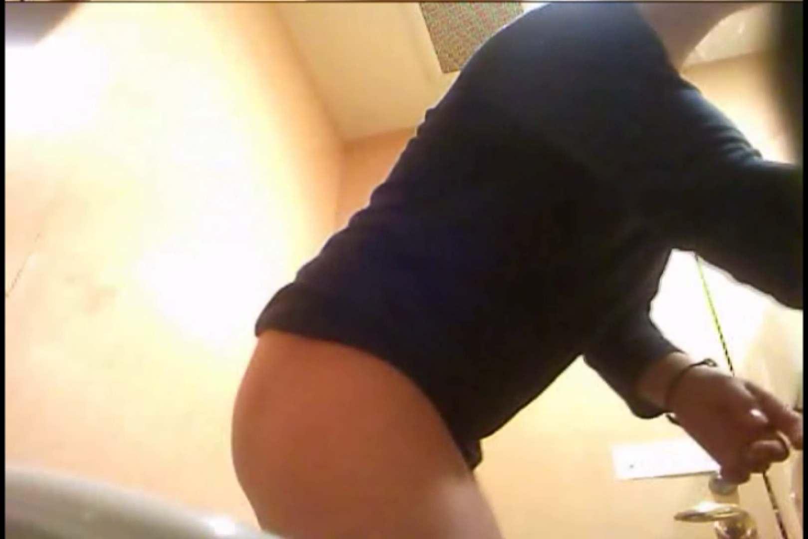 潜入!!女子化粧室盗撮~絶対見られたくない時間~vo,20 潜入 | 洗面所  96画像 82