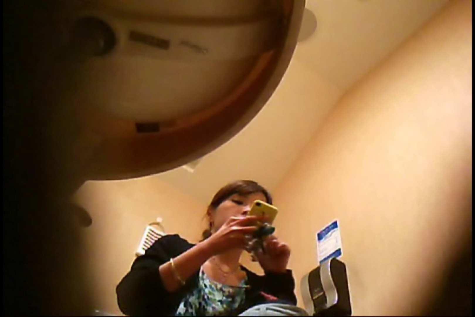 潜入!!女子化粧室盗撮~絶対見られたくない時間~vo,25 ギャル達のおっぱい | 盗撮  106画像 32