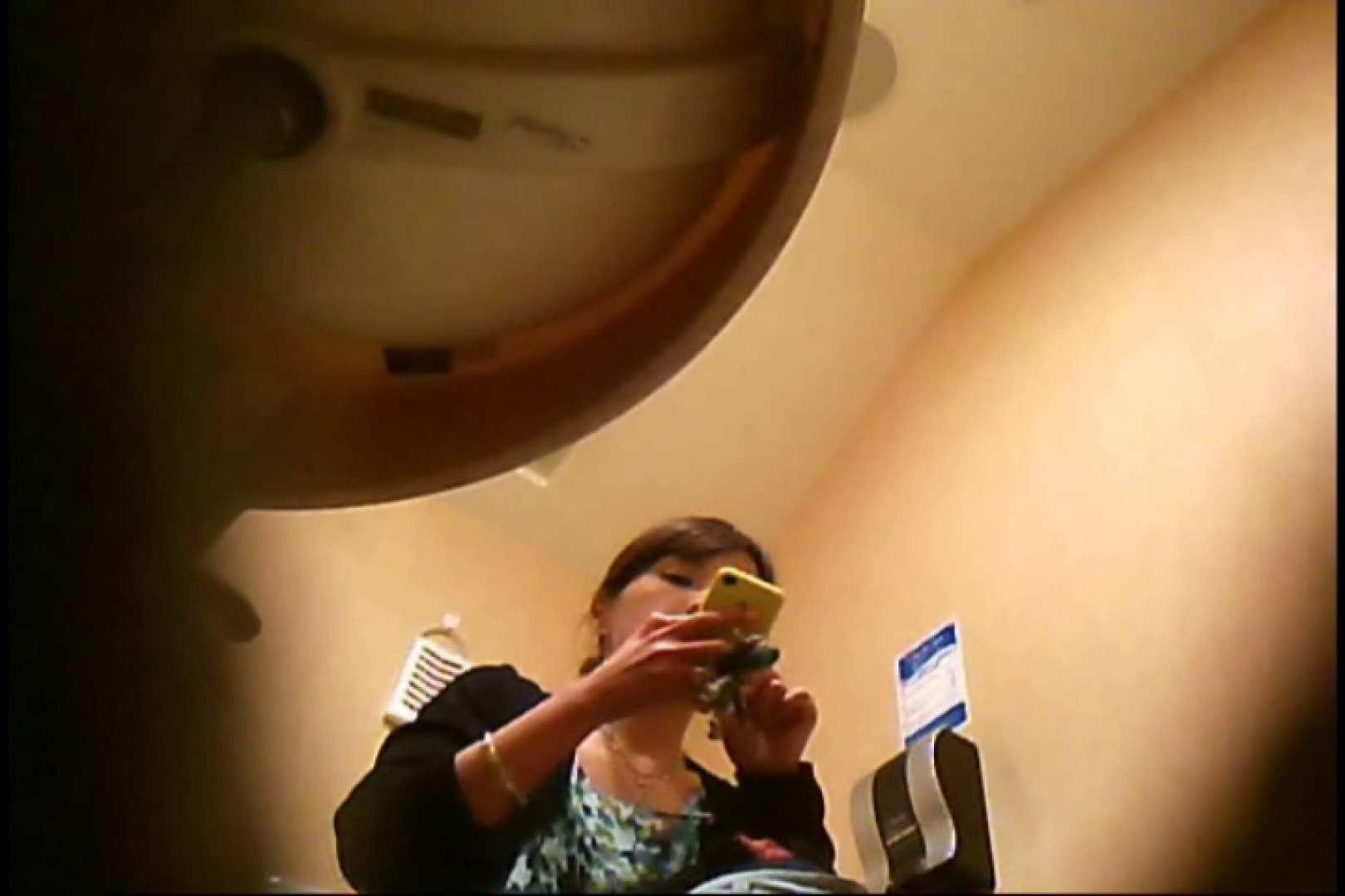 潜入!!女子化粧室盗撮~絶対見られたくない時間~vo,25 ギャル達のおっぱい | 盗撮  106画像 34
