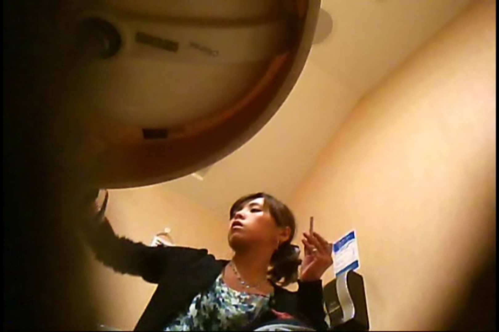 潜入!!女子化粧室盗撮~絶対見られたくない時間~vo,25 ギャル達のおっぱい | 盗撮  106画像 41