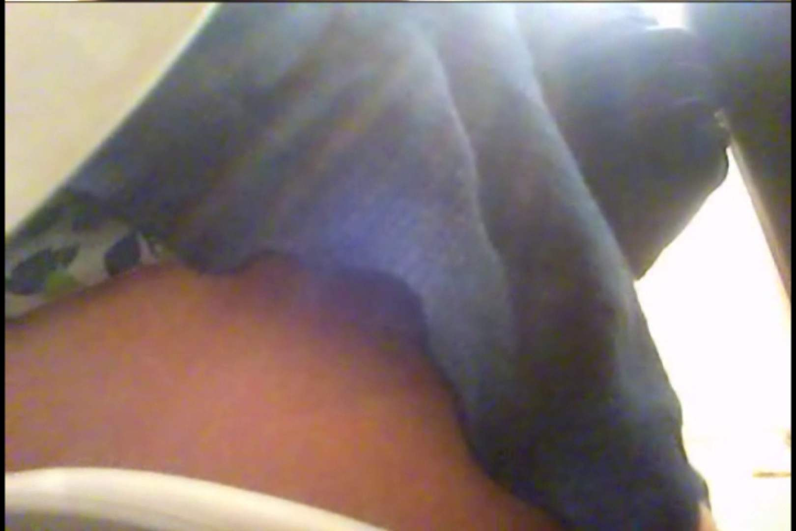 潜入!!女子化粧室盗撮~絶対見られたくない時間~vo,25 ギャル達のおっぱい | 盗撮  106画像 79