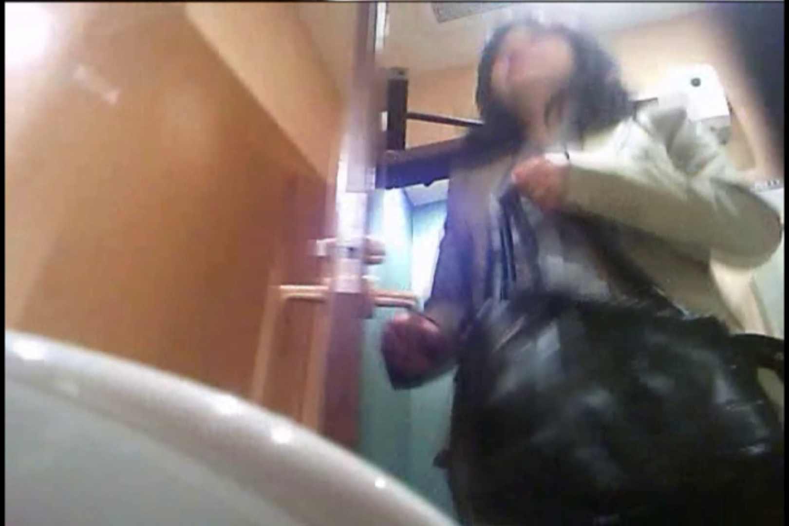 潜入!!女子化粧室盗撮~絶対見られたくない時間~vo,30 熟女の裸体 | 盗撮  109画像 8