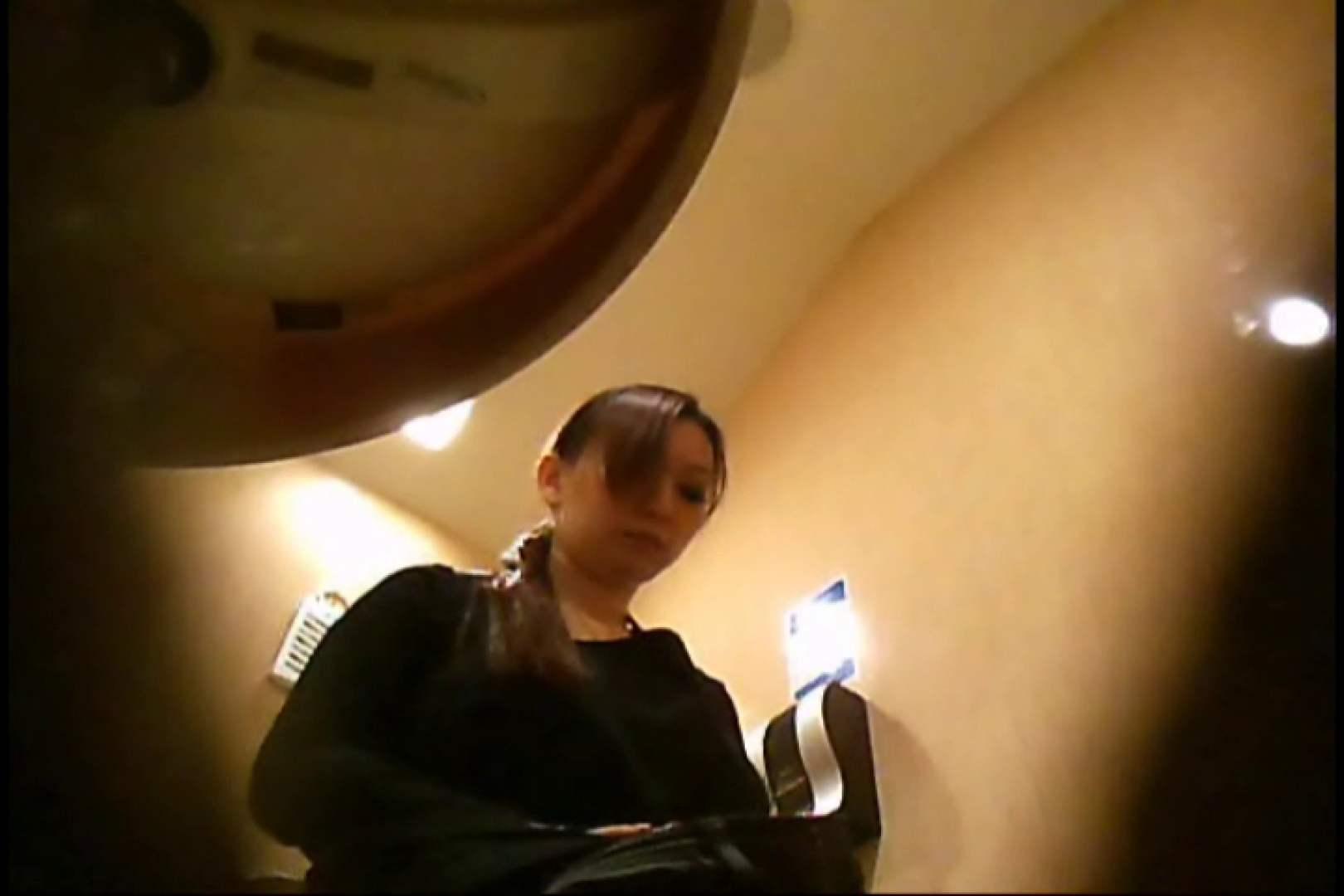 潜入!!女子化粧室盗撮~絶対見られたくない時間~vo,30 熟女の裸体 | 盗撮  109画像 21