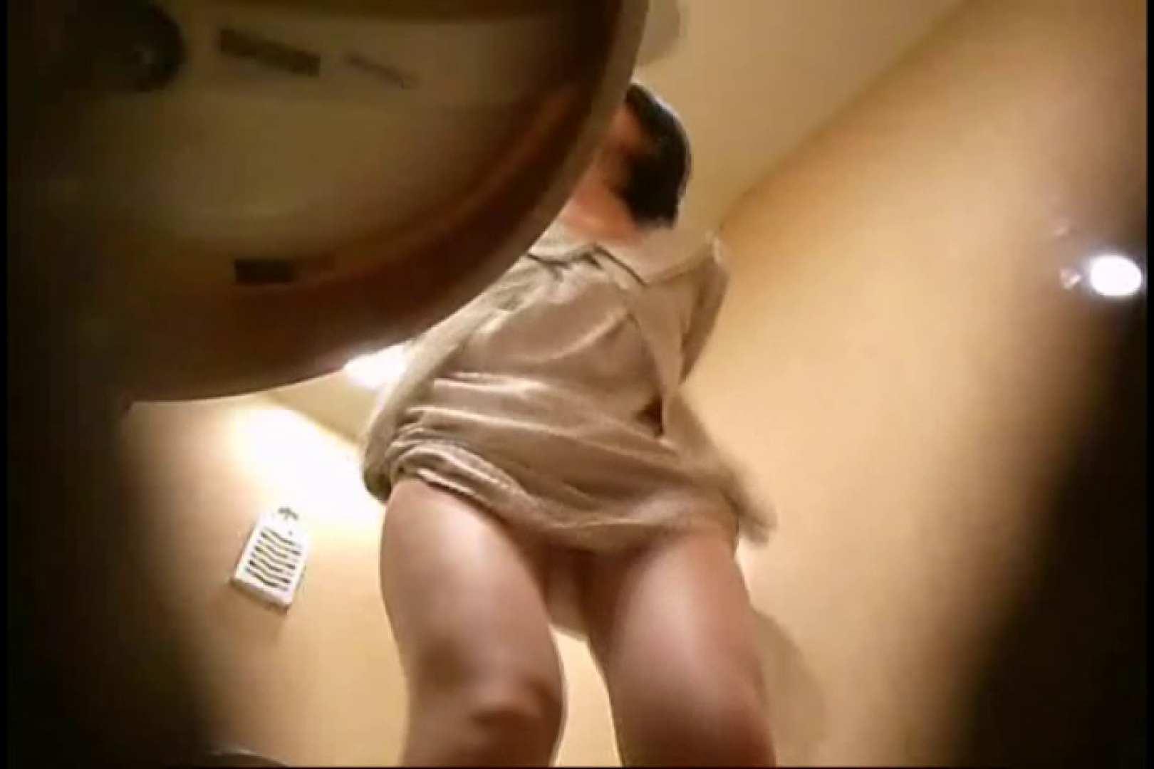 潜入!!女子化粧室盗撮~絶対見られたくない時間~vo,30 熟女の裸体 | 盗撮  109画像 56